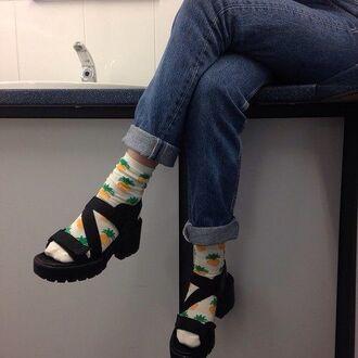 shoes tumblr pinterest shoes black socks ananas