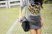 skirt,striped skirt
