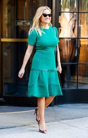 dress,green,green dress,pumps,reese witherspoon,midi dress