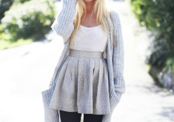 white tank top skirt grey skirt grey sweater
