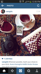 shoes,vans of the wall,high top sneakers,burgundy,checkered