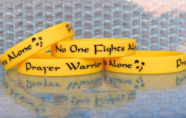 home accessory yellow wristbands custom wristbands custom wristband silicone wristbands rubber wristbands