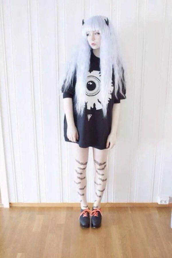 pastel goth pastel grunge graphic tee eyeball goth hipster grey hair kawaii devil horns thighs cute pastel goth streetstyle japanese japanese fashion shirt