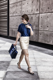 top,tumblr,blue top,nude skirt,bag,blue bag,tote bag,skirt,mini skirt,sandals,sandal heels,high heel sandals,black sandals,metallic,sunglasses,spring outfits,date outfit,spring date night outfit