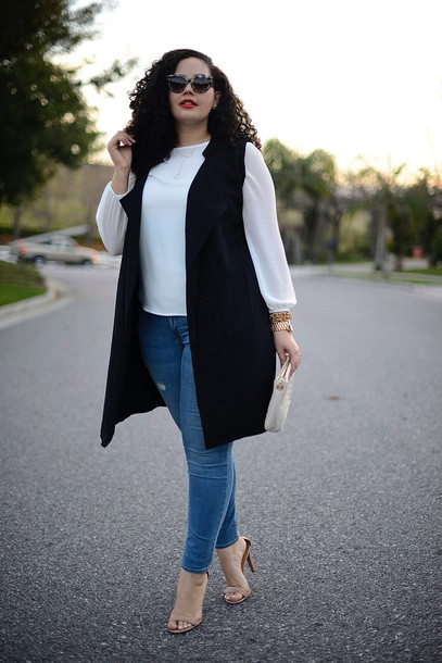 girl with curves blogger jacket top jeans sunglasses bag jewels shoes make-up