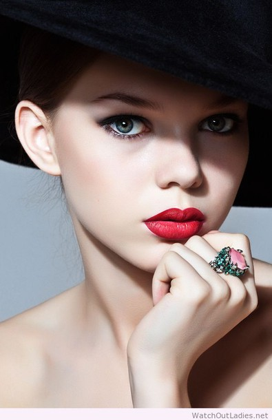 make-up red lipstick lady look lady style