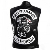 top,television show,sons of anarchy,black leather vest,bikerjacket,hollywood,celebrity style steal,celebrity halloween costume