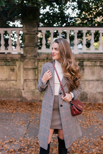 coat tumblr grey coat plaid plaid coat plaid skirt mini skirt grey skirt top black top bag red bag