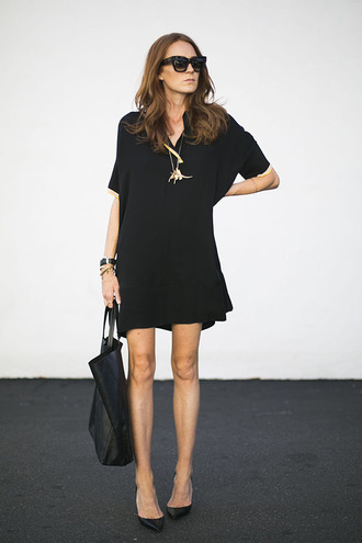 could i have that blogger dress shoes jewels sunglasses bag