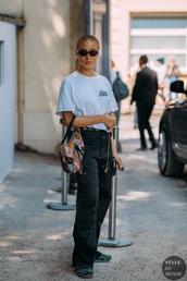 bag,dior saddle bag,dior,sunglasses,jeans,streetstyle,t-shirt,black jeans