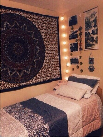 bohemian tapestry dorm room bedding home accessory urban outfitters