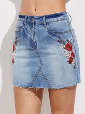 skirt,embroidered,girly,denim,denim skirt,floral,flowers,blue,frayed denim,frayed denim skirt