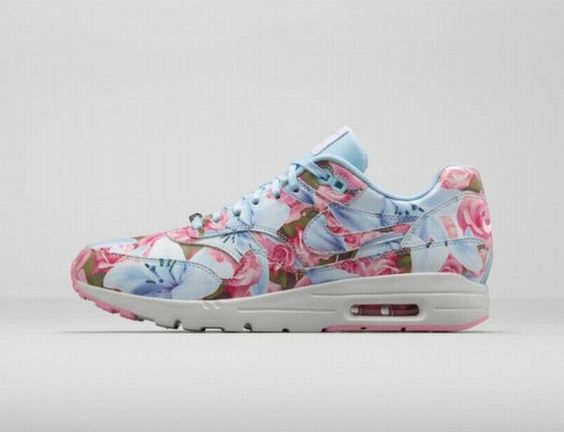outlet store f4918 d4fb7 buycazalsunglasses Nike Air Max 90 City Pack Pairs Floral Blue Pink    Huarache Black   Pinterest