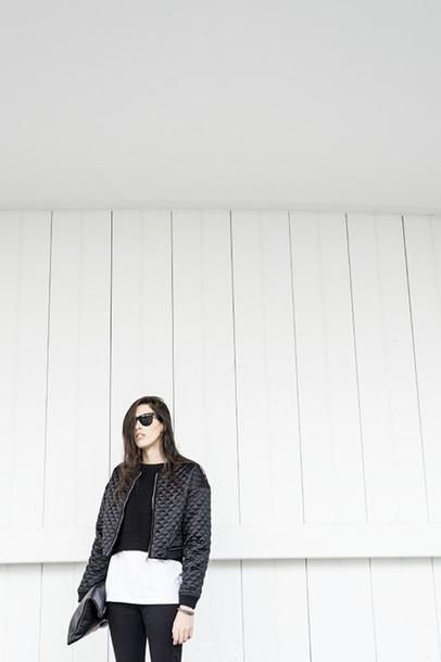 melissa araujo blogger top sweater t-shirt jeans jewels bag