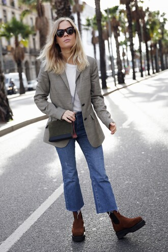 bag tumblr suede suede bag blazer grey blazer boots suede boots ankle boots brown boots denim jeans blue jeans sunglasses