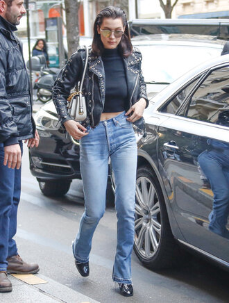 jacket jeans bella hadid model model off-duty streetstyle paris fashion week 2016 fashion week 2016