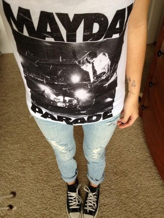t-shirt band t-shirt white black top blue crop tops jeans pants converse acacia brinley cute hipster clothes fashion denim ripped jeans lovely mayday parade shirt