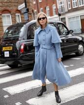 sunglasses,black sunglasses,coat,black boots,flat boots,light blue