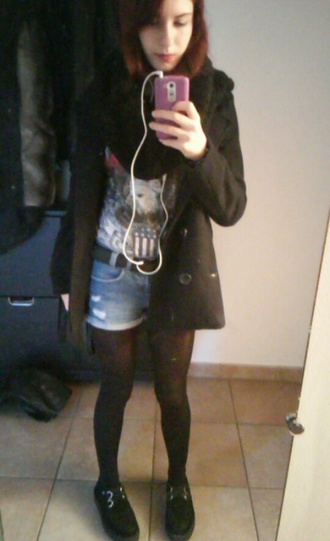 jeans shorts skin grunge soft grunge scarf dark blue winter jacket winter outfits red hair creepers grunge shoes
