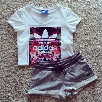 shirt adidas colorful grey shorts