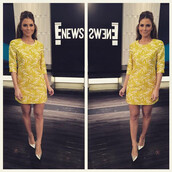 dress,yellow,yellow dress,maria menounos,pumps,mini dress