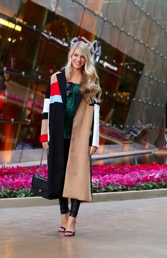 ashn'fashn blogger top coat sunglasses leggings bag shoes chanel bag chanel high heel sandals sandals