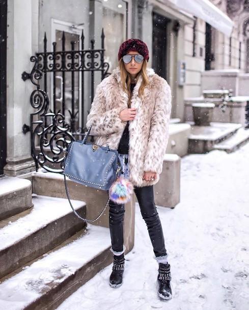 1b05e4782daf7 coat tumblr fur coat faux fur coat winter outfits winter coat winter boots  winter look pants