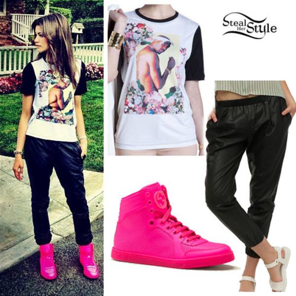 shoes pants t-shirt tupac
