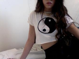 t-shirt blackwhite yin yang