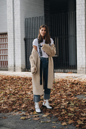 coat tumblr nude coat teddy bear coat fuzzy coat denim jeans blue jeans boots white boots t-shirt white t-shirt ankle boots