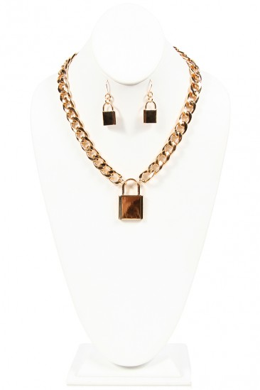 LoveMelrose.com From Harry & Molly | Lock Necklace - Gold