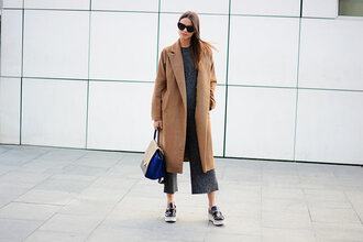 fashion vibe blogger sunglasses charcoal culottes vans long coat satchel bag