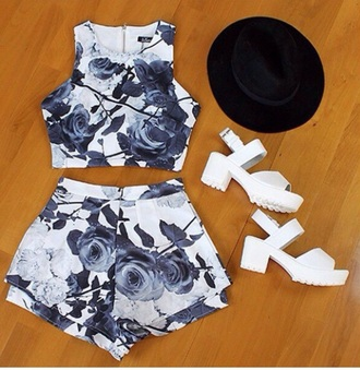 croptop hat black shorts heels streetstyle floral shorts floralprinted white grey high waisted shorts