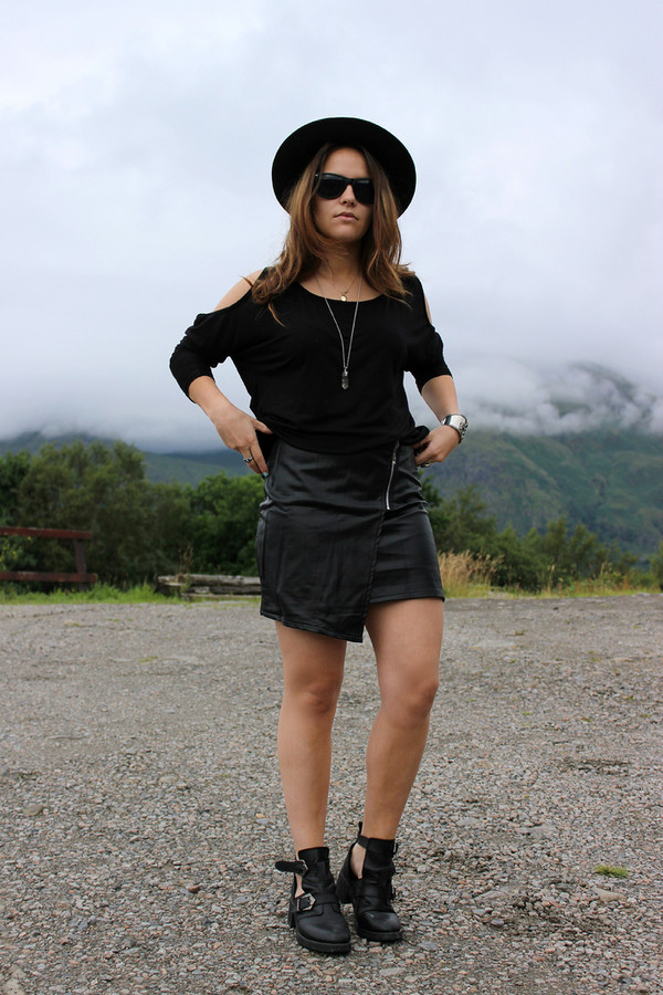 Taqara Zip Detail Leather Mini Skirt - Skirts - Mini Skirts ...