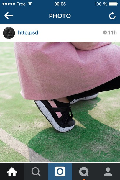 shoes sneakers black pink pale pale grunge aesthetic tumblr perfect shoes shoes tumblr fashion sportswear sports shoes