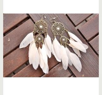 jewels feathers beige bohemian