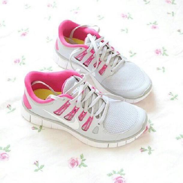 shoes pink nike nike frees