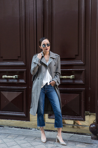 le fashion image blogger blouse coat jeans grey coat white top cropped jeans round sunglasses grey heels