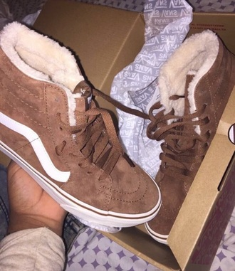 shoes vans fluffy brown