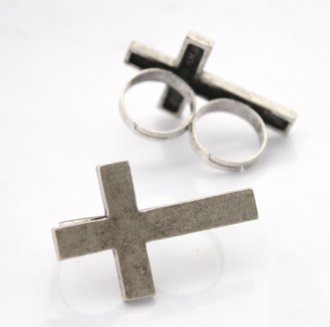 jewels crucifixies ring croix