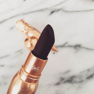 make-up lipstick dark lipstick
