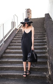 modern legacy,dress,hat,bag,shoes,sunglasses,summer black dress,little black dress,summer dress,slip dress,black slip dress,black handbag,black aviators,birkenstocks,black birkenstocks,streetstyle,black hat,spaghetti strap,spaghetti straps dress,black dress,summer outfits,slippers,black bag