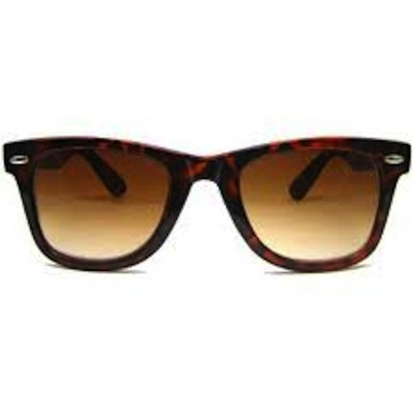 wayfarer sunglasses black tortoise