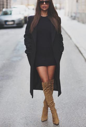 coat dress shoes black coat short hot beige suede boots trench coat women fashion gorgeous boots pinterest long coat wool coat winter coat fall coat