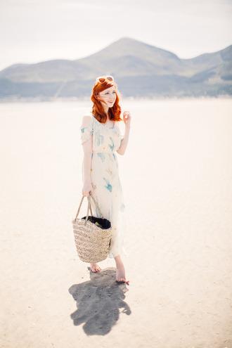 the clothes blogger sunglasses dress jewels shoes