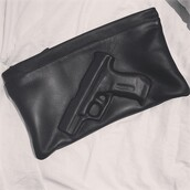 bag,gun,clutch,pochette,black,cute,handbag,leather,black bag