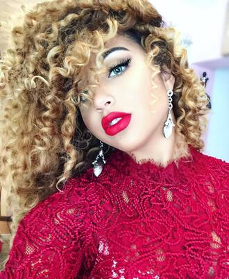 make-up jadah doll celebrity bold make-up red lipstick earrings statement earrings top red top lace top