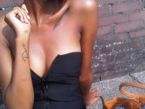 tank top clothes clothes black tank top black top tattoo zip crop tops top with zip scuba top