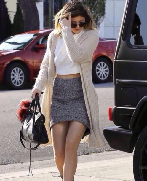 cardigan beige classy kylie jenner skirt