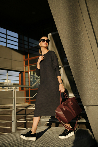 fashion zen blog blogger sunglasses minimalist handbag